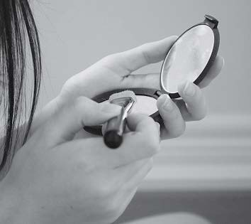 How important is beauty to teenagers mirror make-up