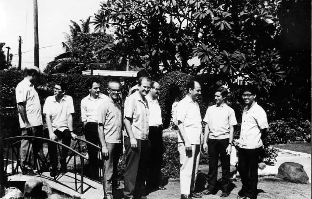 Silvio with other members of the Focolare community during the early years of the Movement in the Philippines