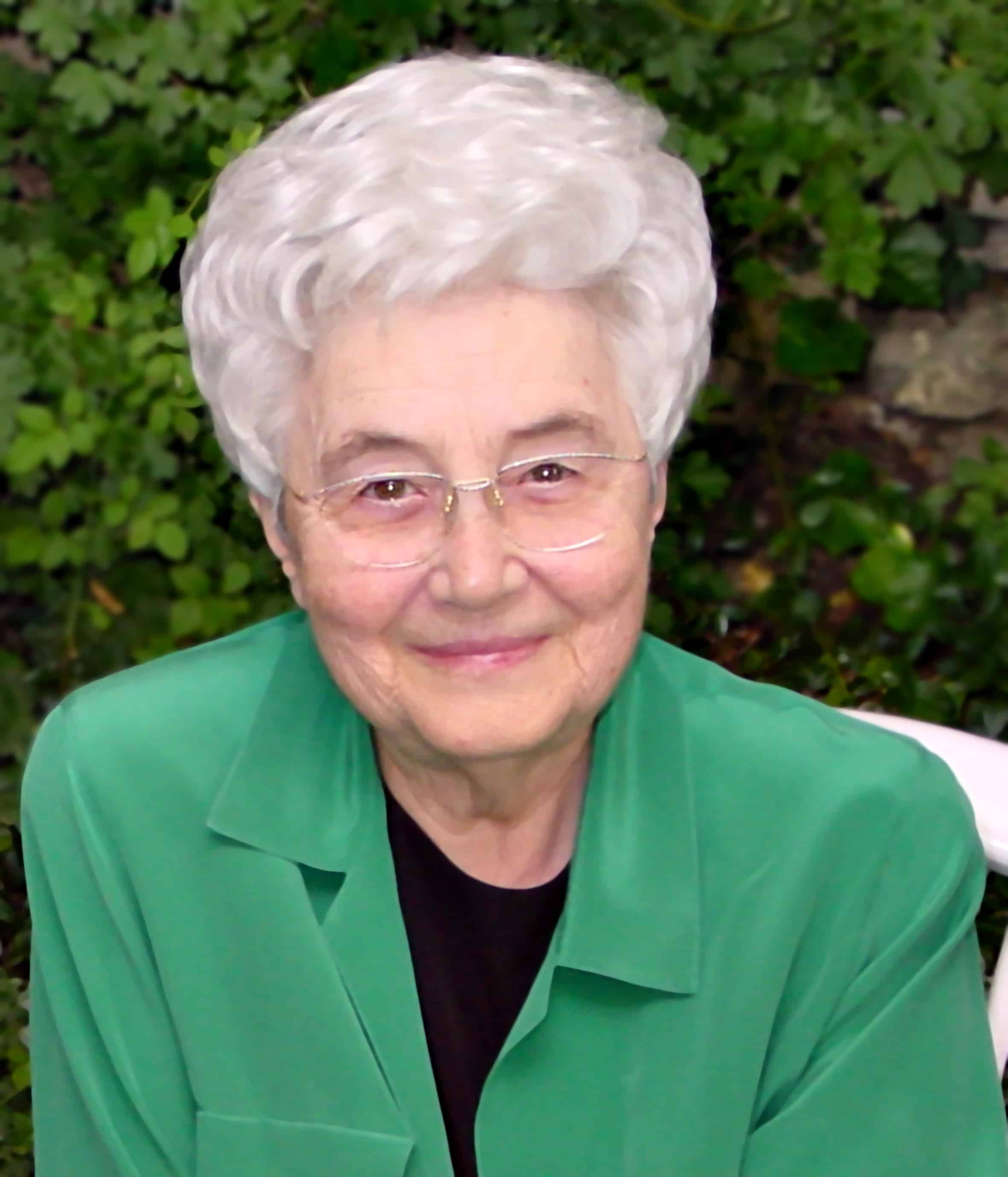 My Testament: Be A Family by Chiara Lubich - NewCity PH